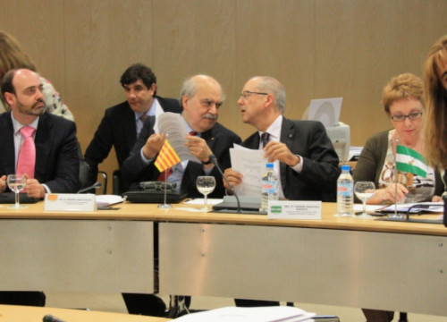 The Catalan Finance Minister, Andreu Mas-Colell (third from the right) at the CPFF meeting in Madrid (by X. Vallbona)