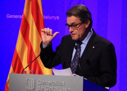 The President of the Catalan Government, Artur Mas, urged Rajoy to negotiate (by P. Mateos)