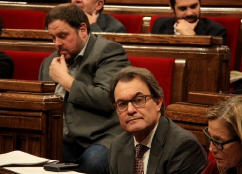 The Catalan President, Artur Mas (right), and the ERC's leader, Oriol Junqueras (left) are negotiating about the budget but also about running together and calling early elections (by A. Moldes)
