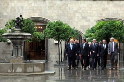 The Catalan President with the President of the four Provincial Councils (by O. Campuzano)