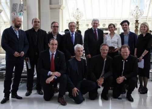 The awardees together with the Mayor of Barcelona and representatives from the European Commission (by P. Cortina)