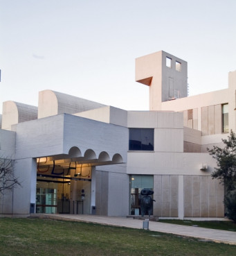The Joan Miró Foundation in Barcelona's Montjuic hill (by Pere Pratdesaba)