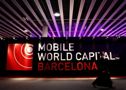 The 2013 MWC gathered 1,700 companies in the 94,000 square metres of exhibition space (by O. Campuzano)