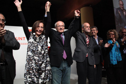José Montilla (centre) in the event when he announced he would not reform the 3-party coalition (by ACN)