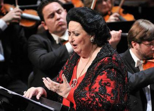 Montserrat Caballé while she was performing the habanera from Bizet's Carmen (by Liceu / ACN)
