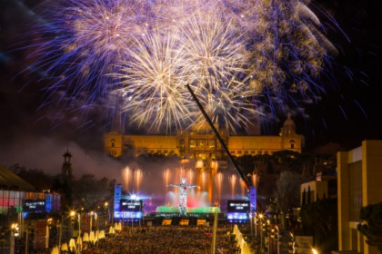 Barcelona's New Year's Eve show with the Magic Fountain in front of the MNAC (by Ajuntament de Barcelona)