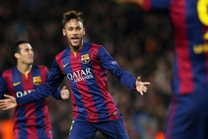 Neymar playing for FC Barcelona against PSG in 2014 (by FC Barcelona)