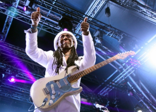 Nile Rodgers thanking the audience after his concert in the 2014 Barcelona Sónar festival (by N. Julià)