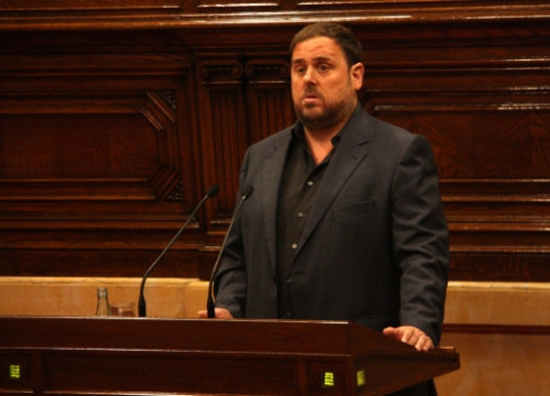 Oriol Junqueras, leader of the ERC, addressing the Catalan Parliament on Tuesday (by P. Mateos)