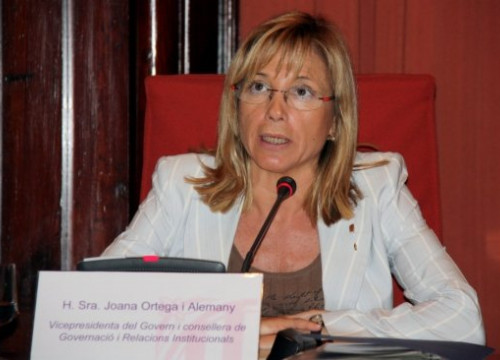 The Vice President Joana Ortega speaking before the Catalan Parliament's Committee (by M. Fernández Noguera)