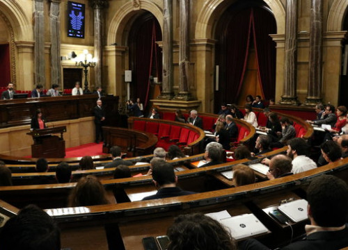 Plenary sesssion in parliament (by Pere Francesch)