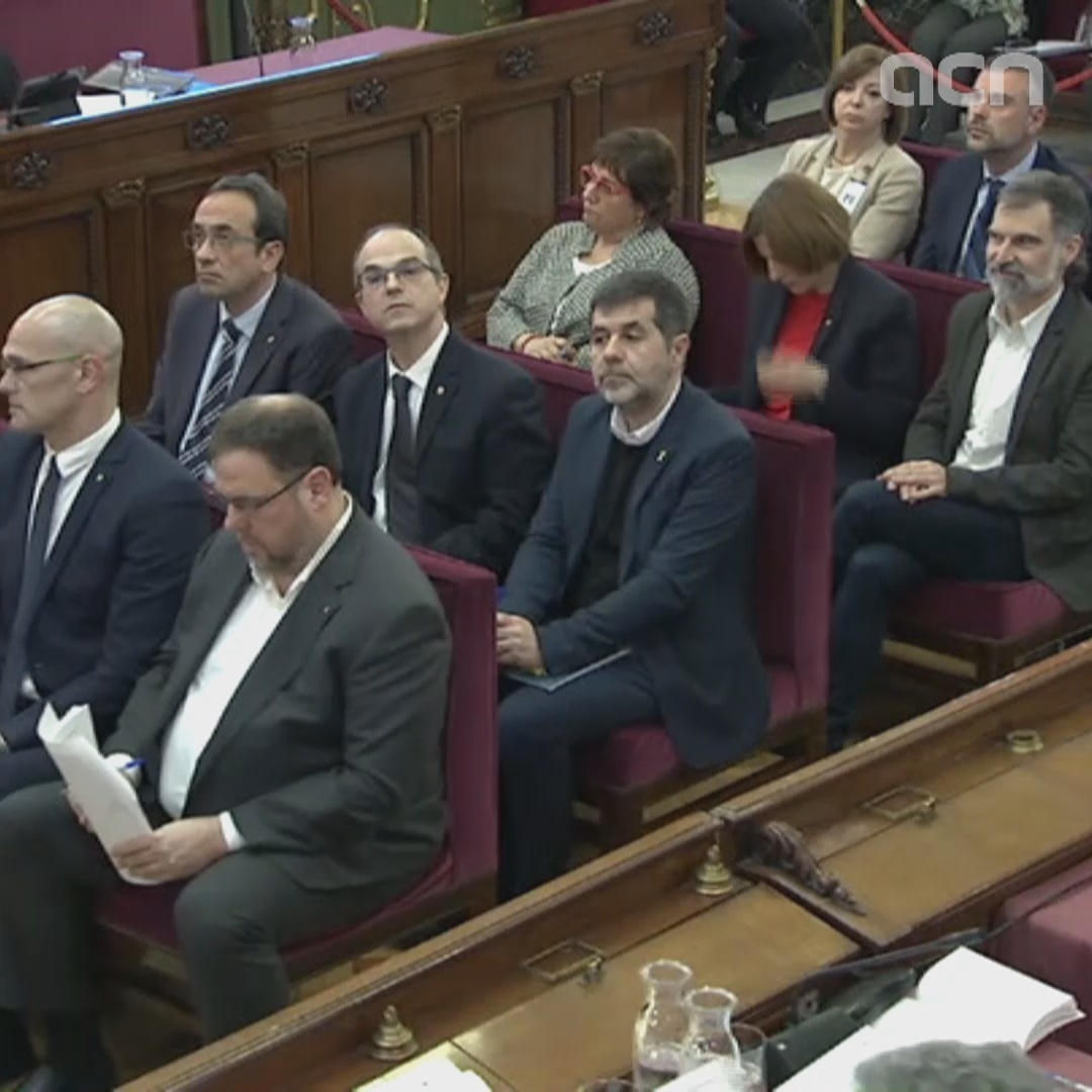 First images of the 12 Catalan pro-independence officials in the dock
