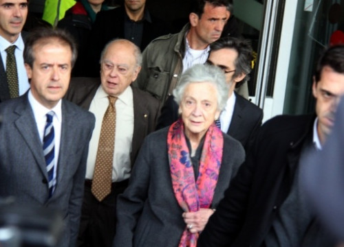 Jordi Pujol and Marta Ferrussola leaving the Court house on Tuesday (by P. Solà)