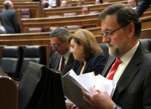Mariano Rajoy at the Spanish Parliament during a government control session (by La Moncloa)