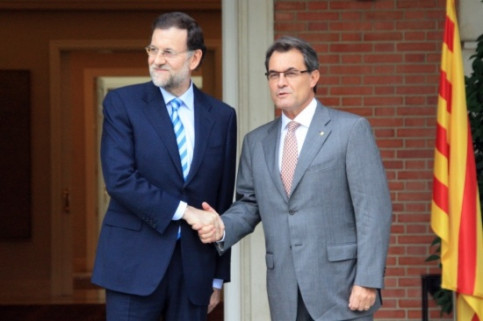 Spanish Prime Minister, Mariano Rajoy (left), and Catalan President, Artur Mas (by R. Pi de Cabanyes)