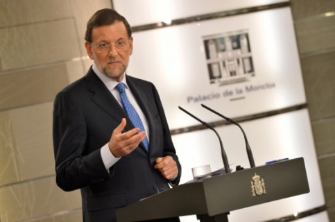 Spanish Prime Minister Mariano Rajoy announcing the budget cuts for 2013 and 2014 (by La Moncloa)