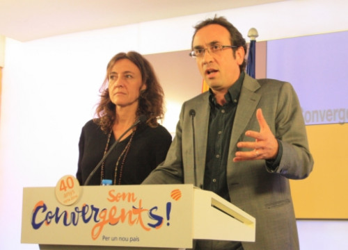 Josep Rull and Mercè Conesa on Thursday, annoucing the CiU is splitting up (by A. Moldes)