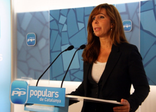 The PP leader in Catalonia, Alícia Sánchez-Camacho, at this Monday's press conference (by M. Bélmez)