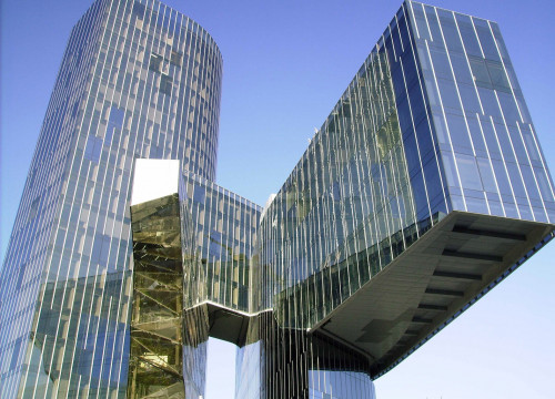 The headquarters of Gas Natural Fenosa, which are in Barcelona and designed by Benedetta Tagliabue (by ACN)