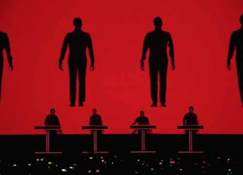 Kraftwerk put in a spectacular 3D performance (by P. Cortina)