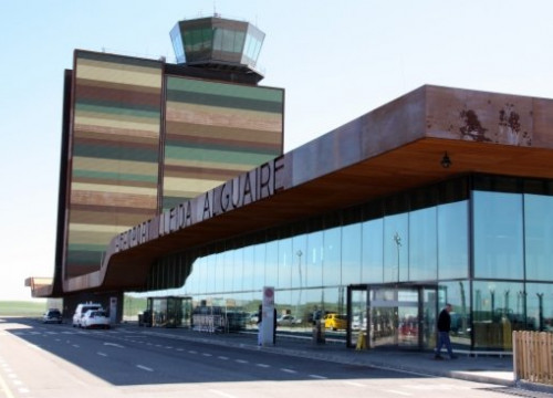 The terminal of Lleida Alguaire Airport (by ACN)