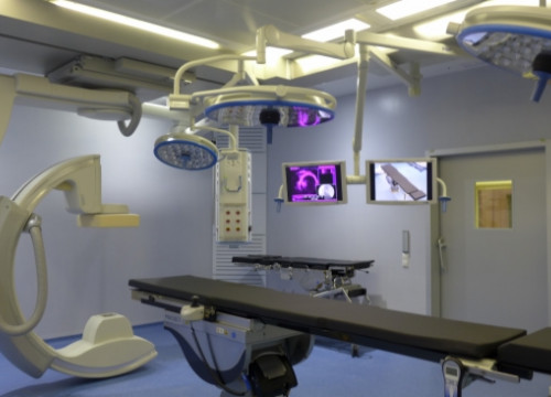 One of the new surgery rooms unveiled in Barcelona's Vall d'Hebrón hospital in 2013 (by J. Pérez)