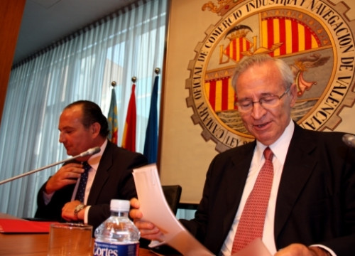 The Presidents of València's Chamber of Commerce, José Vicente Morata (left), and Barcelona's, Miquel Valls (right)