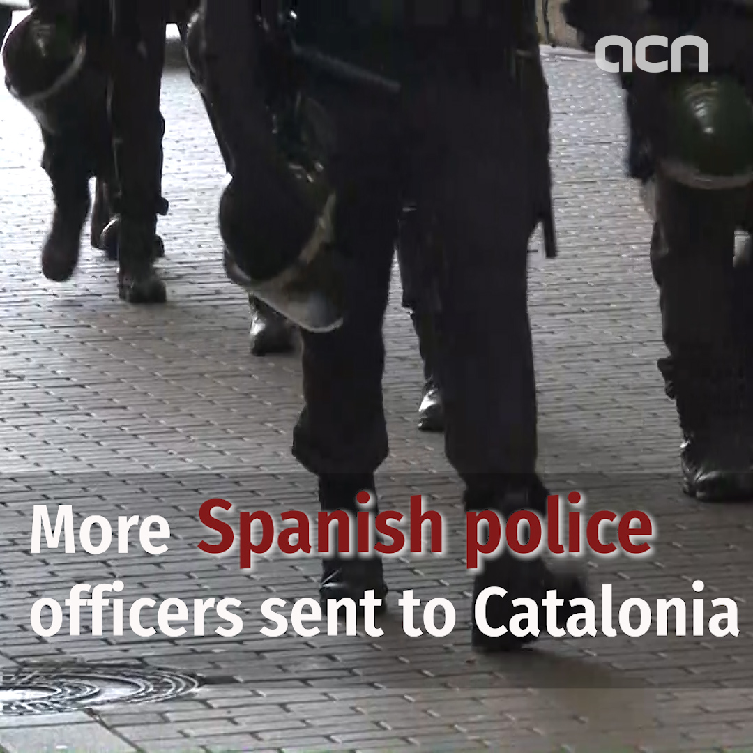 More Spanish police officers sent to Catalonia