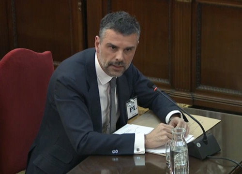 Former Catalan minister Santi Vila speaks in Spain's Supreme Court