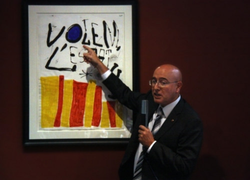 Catalan Minister for Culture was presenting today Joan Miró's poster claiming for a Catalan Statute of Autonomy from late 1970s