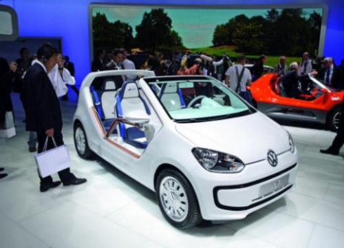 The new Volkswagen 'Up', which has inspired a new model by SEAT (by Volkswagen)