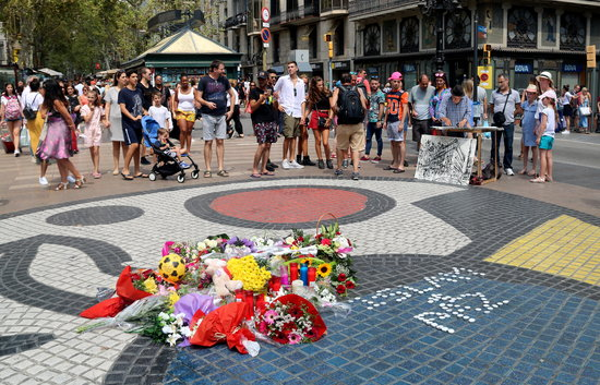 Political outrage at Spanish intelligence's reported links to terror attack mastermind